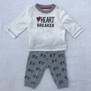 """Gymboree """"Heartbreaker"""" Outfit Size 3-6 Months NWT"""